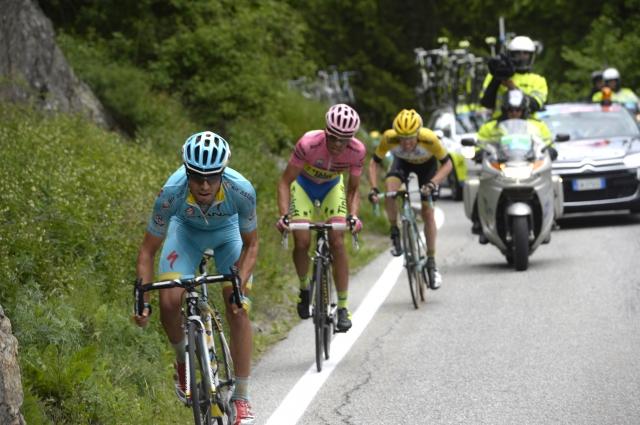 Alberto Contador na Mortirolu ugnal Aruja, Landi etapa