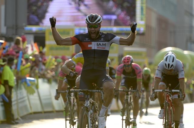 Kaotičen sprint na Poljskem, v ZDA tudi Kocjan in Brajkovič