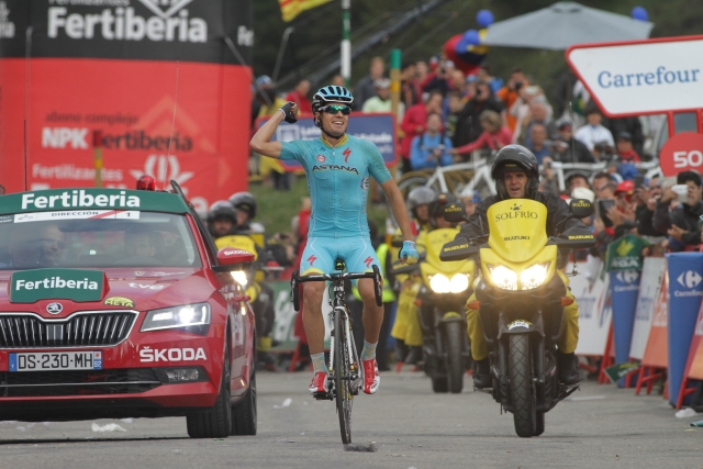 Epska etapa Landi, Aru veliki junak, Froome pogorel