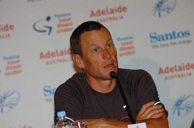 Odzivi na Armstrongovo resnico: Ljudje ostajajo razdeljeni (dopolnjeno)