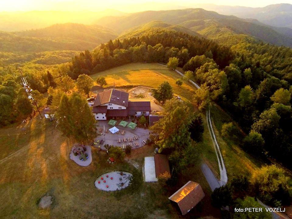 Planinski dom na Jančah