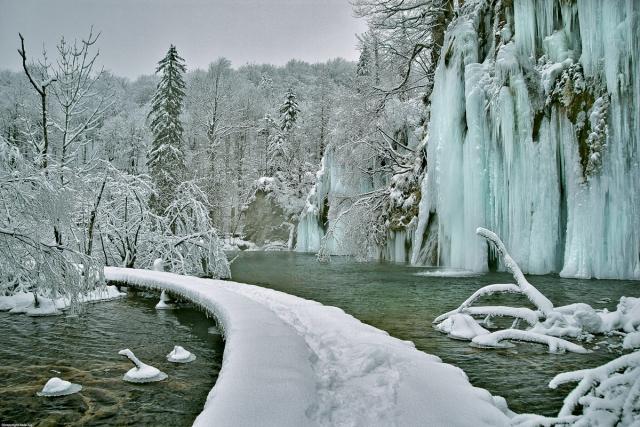 Izletniška ideja: Ledeno kraljestvo Plitviških jezer