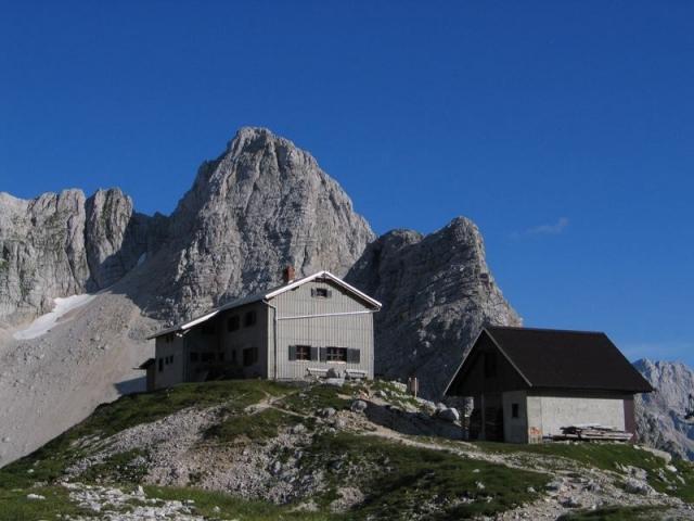 Pogačnikov dom na Kriških podih