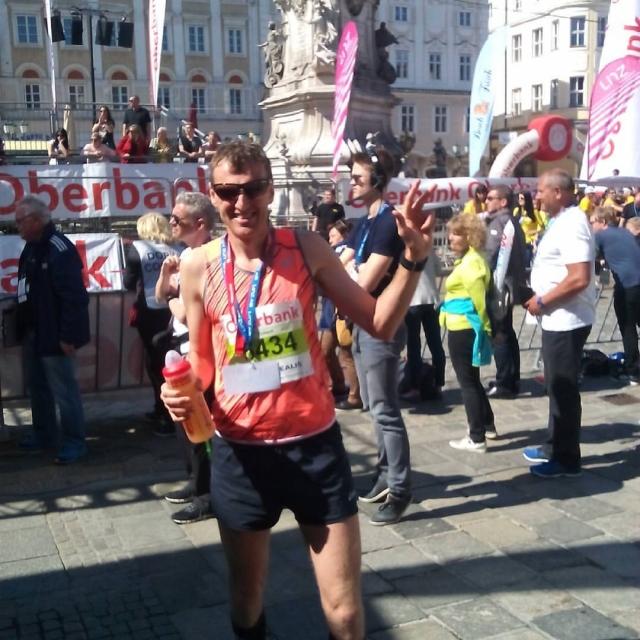 Kotnik na odru za zmagovalce, maratonca zaostala za pričakovanji