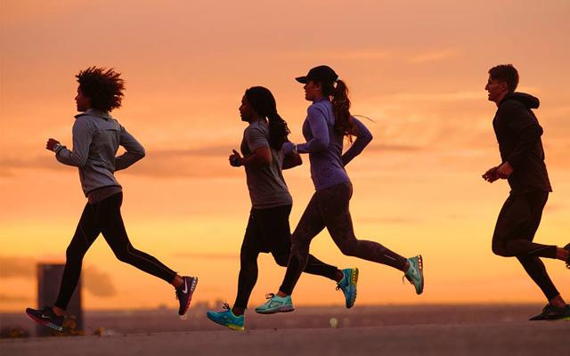 Pokurite odvečne praznične kalorije s športom