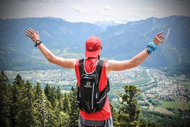 6 načinov, kako pohod spremeniti v kardio vadbo