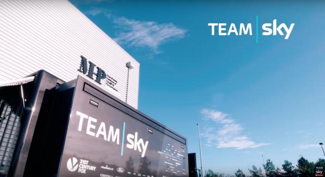 Sky v Manchestru proslavil in planiral (VIDEO)