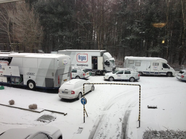 Roglič ob debi. Lugano zaradi snega odpovedan!