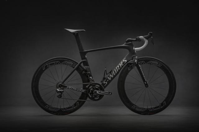 Vpoklic koles Specialized Venge Vias 2016