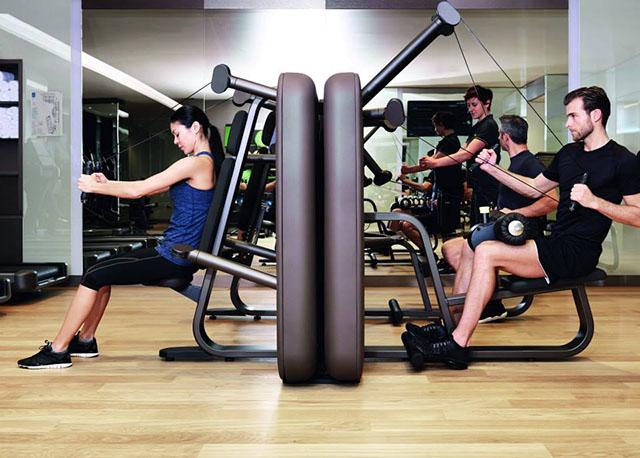 Kako preprečiti poškodbe med vadbo v telovadnici?