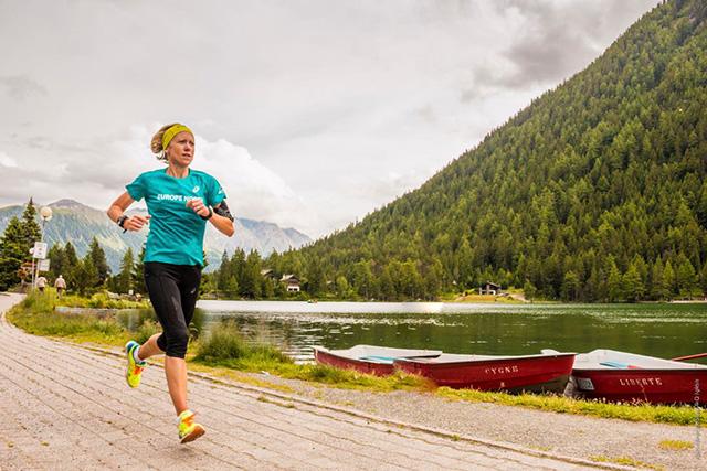 Zakaj bi morali tekači okrepiti tudi zgornji del telesa