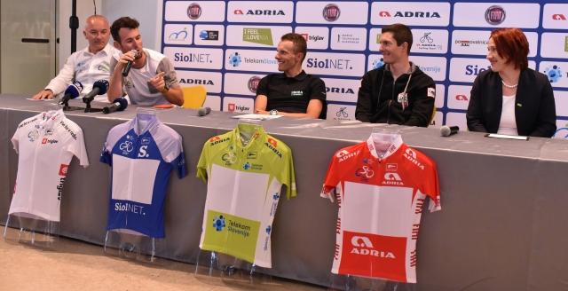 Na startu dirke Po Sloveniji Cavendish, Majka in Polanc