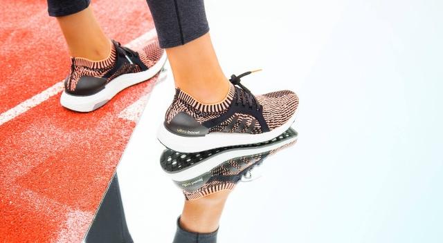 Ženski copati adidas UltraBoost X ustvarjeni za preseganje osebnih rekordov
