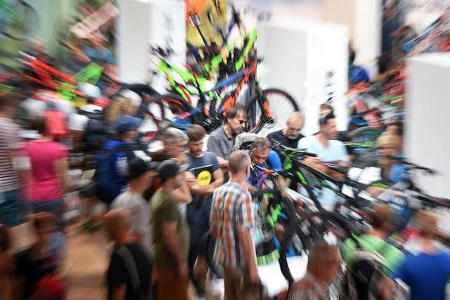 Mlada podjetja poživljajo kolesarsko industrijo
