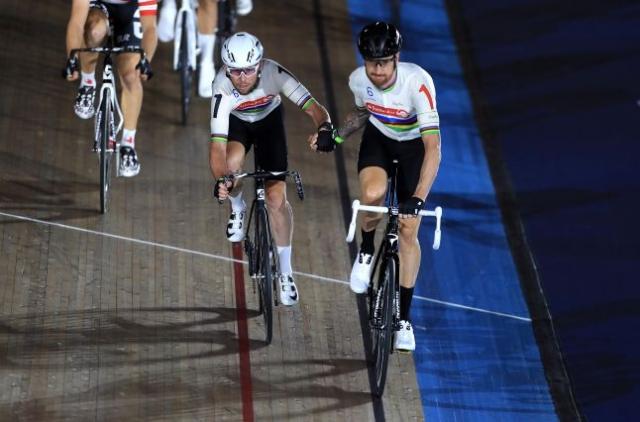 Bradley Wiggins s Cavendishem osvojil Gent Six Day in upokojitev zavil v tančico skrivnosti