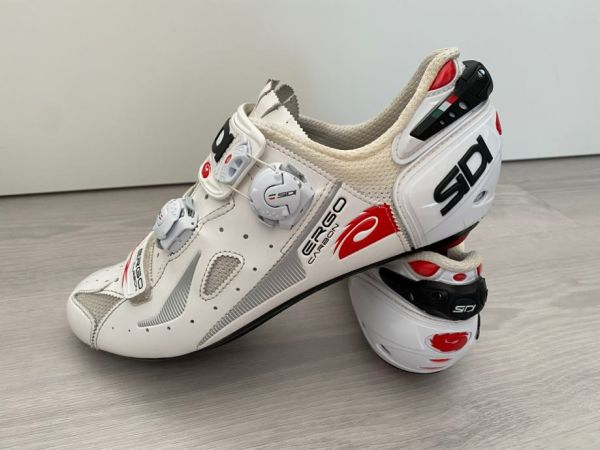 P: Kolesarski čevlji SIDI Ergo 4 Carbon, 44/45, odlično ohranjeni