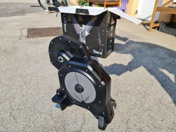 Tacx Flux S tovarniško obnovljen