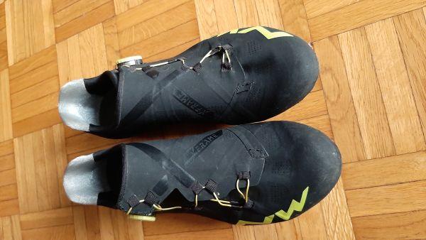 Cestni kolesarski čevlje Northwave extrem RR št. 42