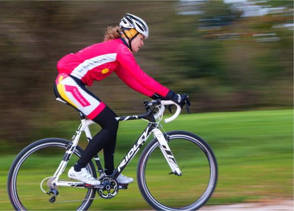 Dame na kolesu: Nekoč tabu, jutri zvezde