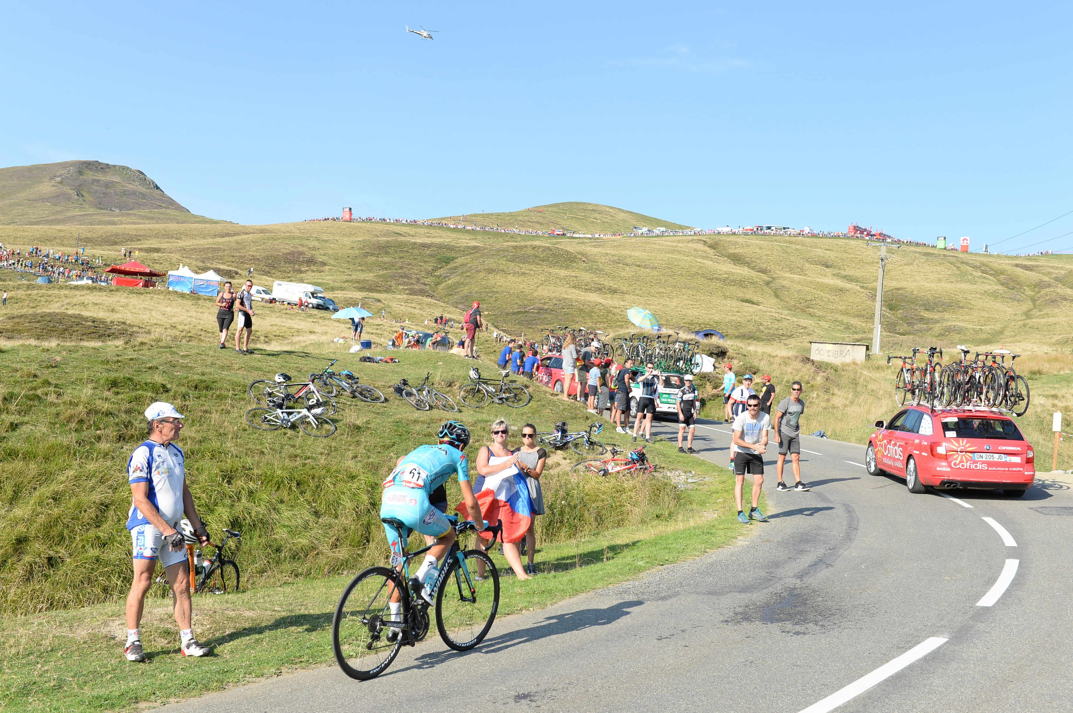 Tour: Zadnji spust zadnje gorske etape zaradi plazu vprašljiv