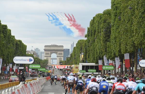 176 kolesarjev, 22 ekip čaka na slavnostni začetek