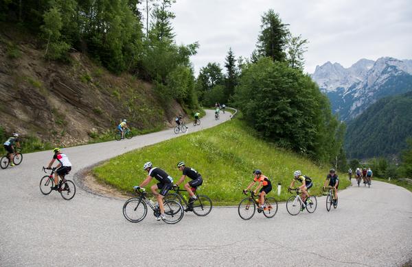 Mednarodna udeležba kolesarjev je zaznamovala 12. Maraton Alpe Scott