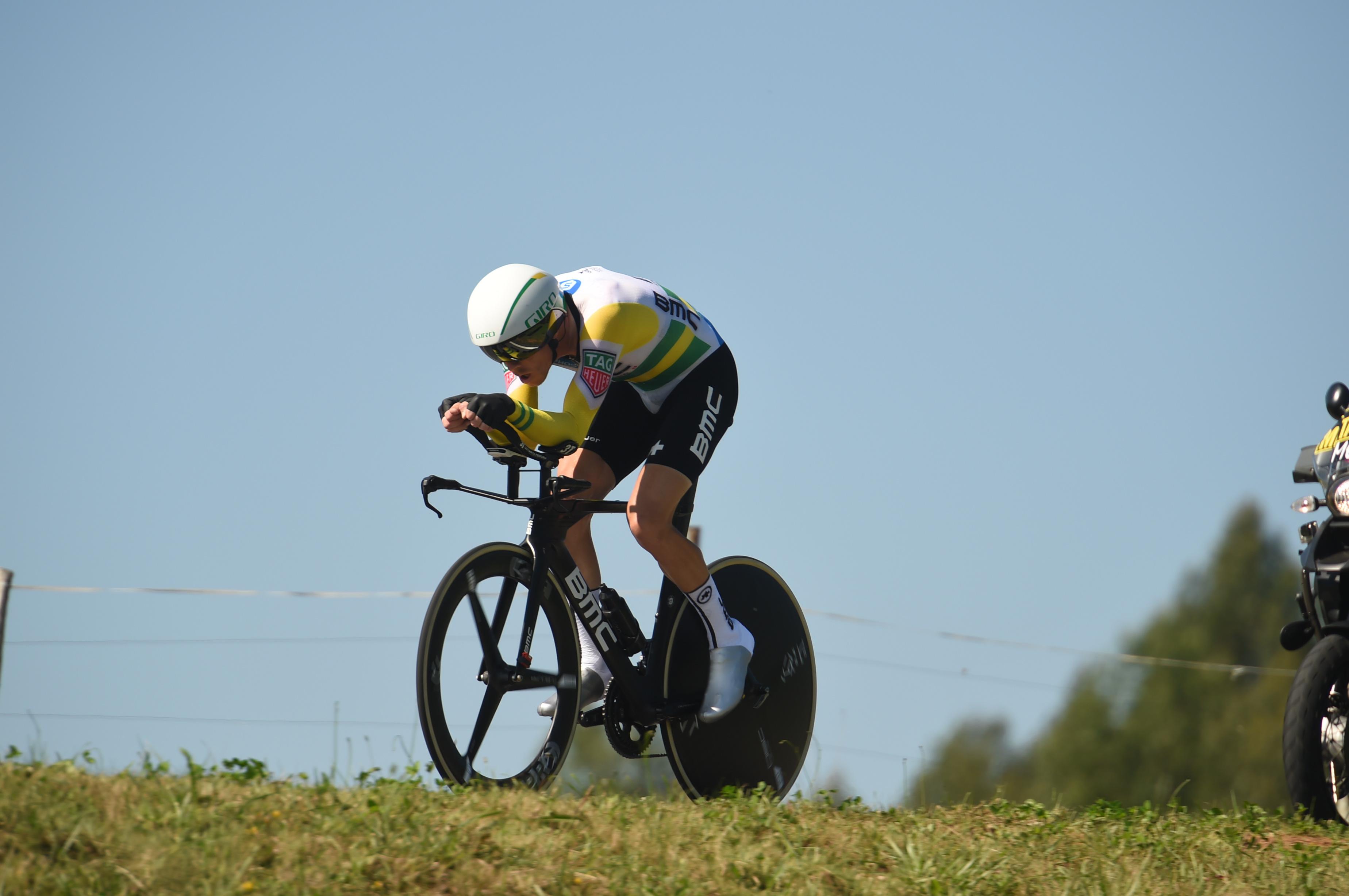 Simon Yates zadal nov udarec konkurentom