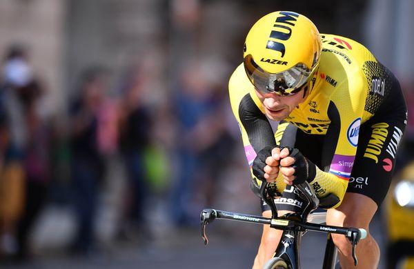 Sanjska Vuelta: Primož Roglič z vrhunsko predstavo do zmage in rdeče majice