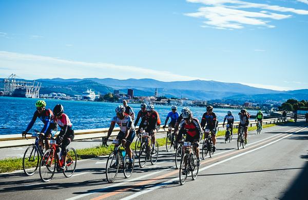 Ob čudovitem vremenu Istrski kolesarski maraton z rekordno udeležbo