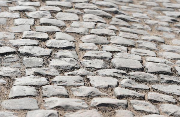 Pariz-Roubaix: Začetki znamenite klasike (VIDEO)