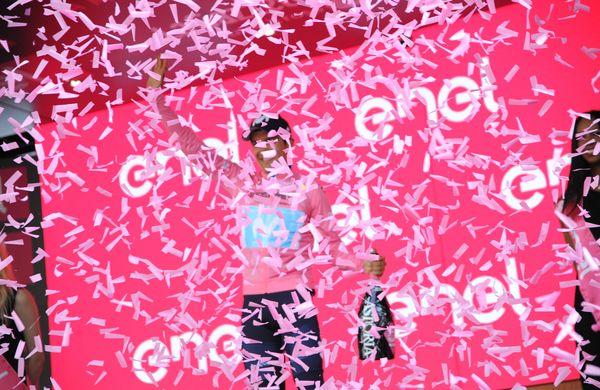 Giro: Potrdili začetek