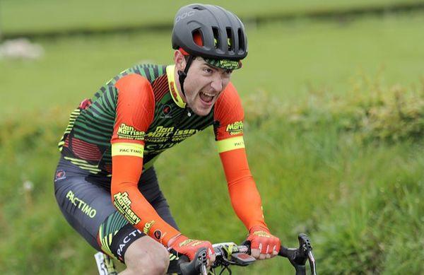 Contadorjev rekord v Everestingu padel za več kot 20 minut
