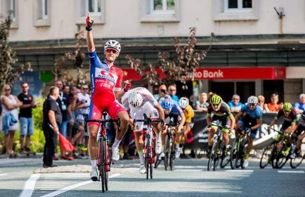 Adria Mobil na Češkem v boj s kolesarsko elito