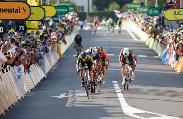 Na devetnajsti etapi deja vu štirinajste etape, Mezgec ponovno odličen