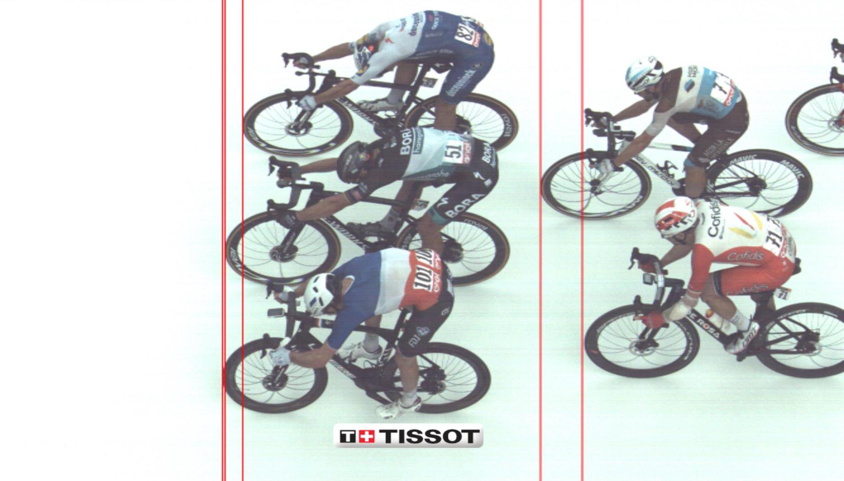 Izjemen sprint in trije skorajda izenačeni