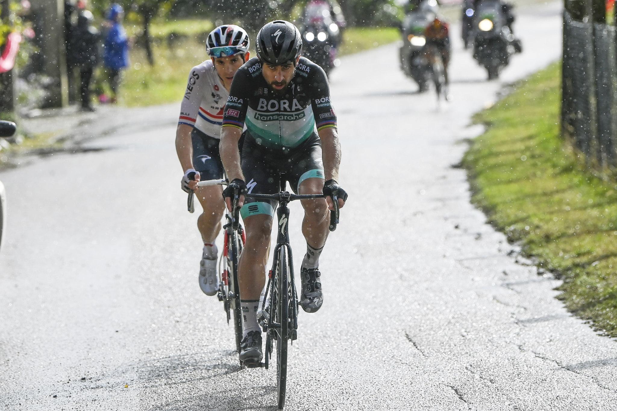 Saganov šov v zahtevni etapi