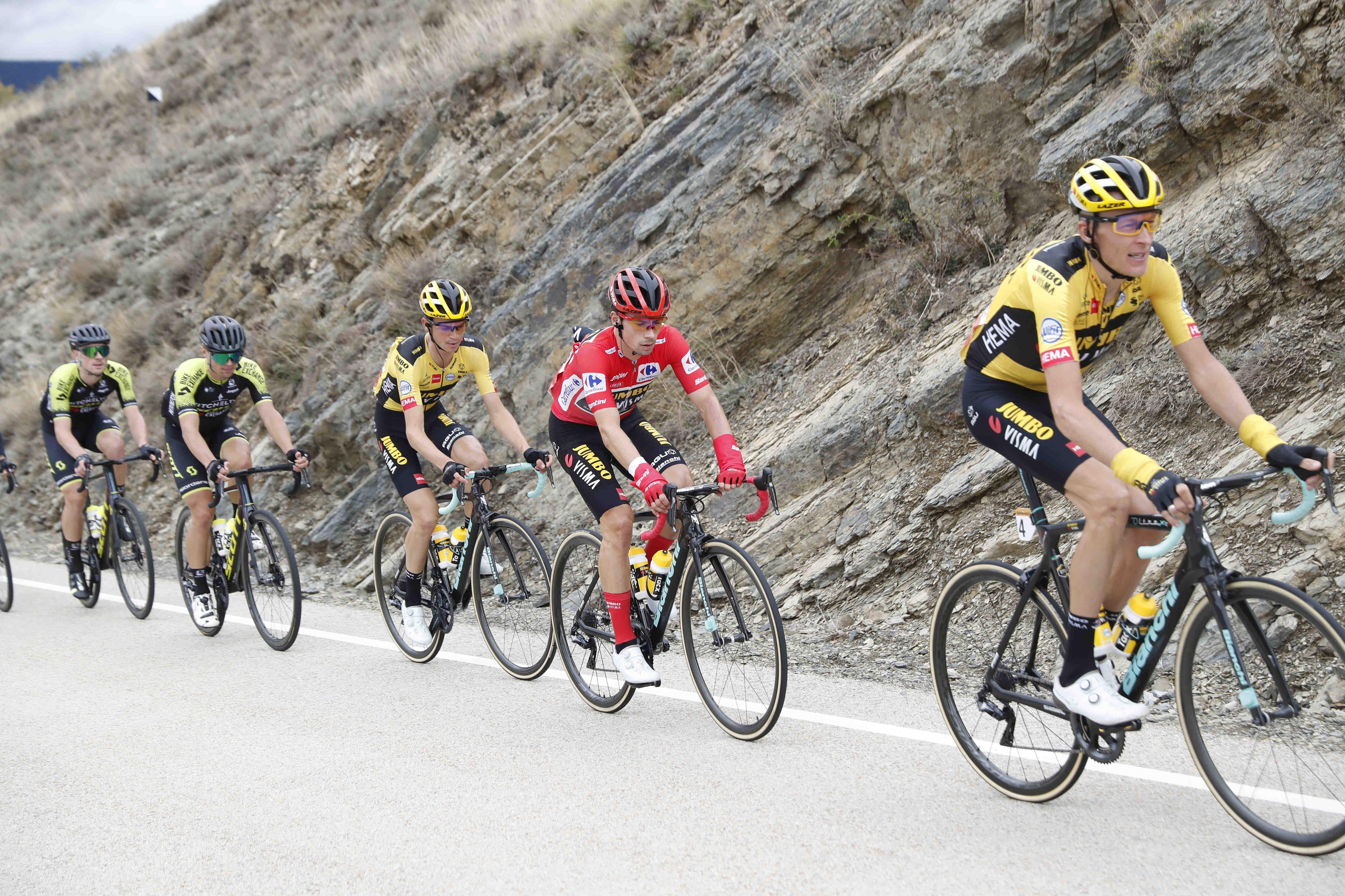 Zakaj kolesarji Jumba v gorah vozijo črna kolesa in obroče?