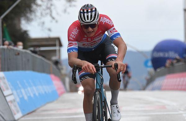 Van der Poel v napetem finišu komajda zadržal nalet Pogačarja