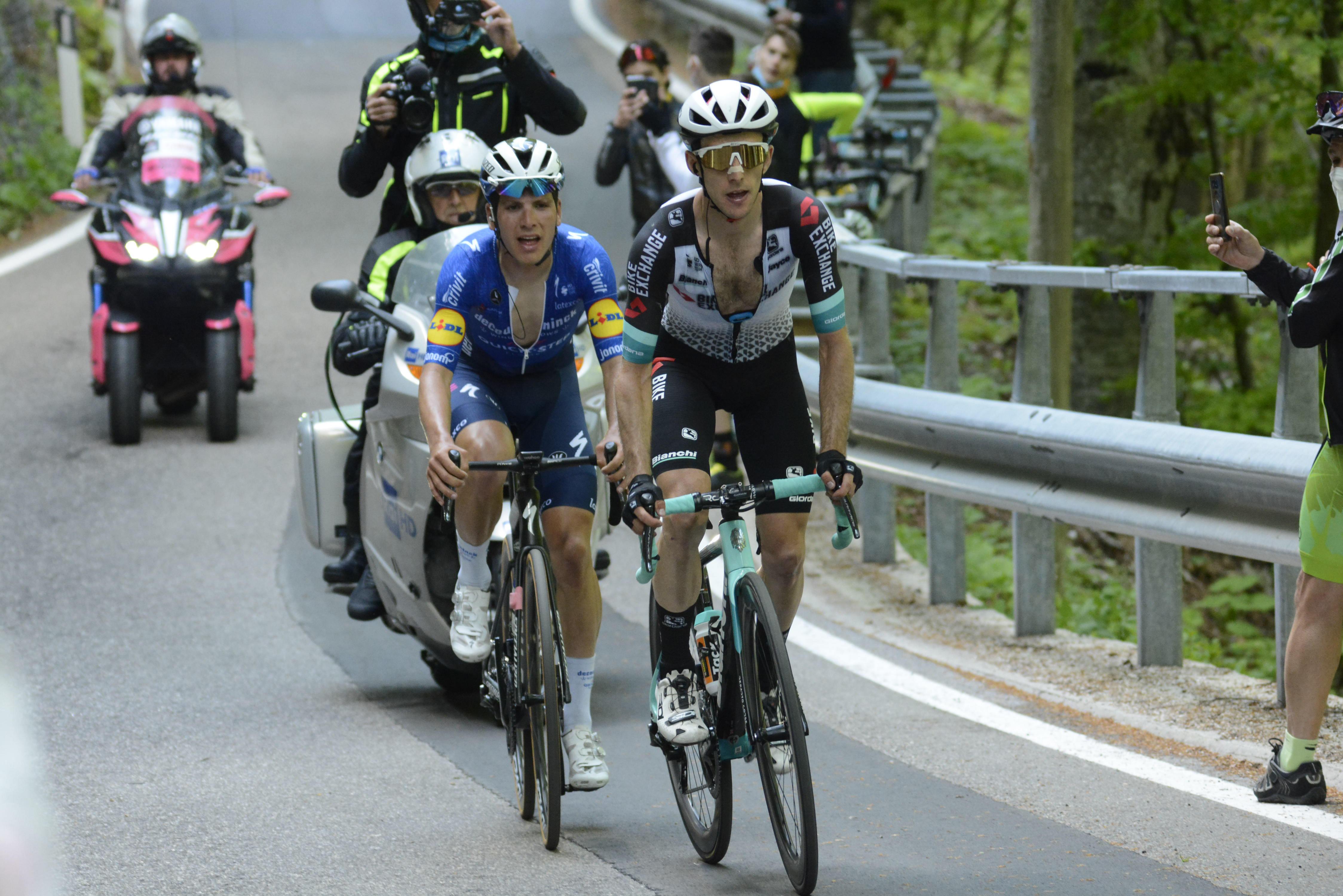 Po zmagi v 19. etapi Yates še bližje stopničkam, Bernal pa skupni zmagi