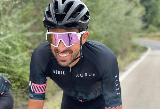 Contador drži obljubo - s kolesom na 1600 km dolgo pot do Milana