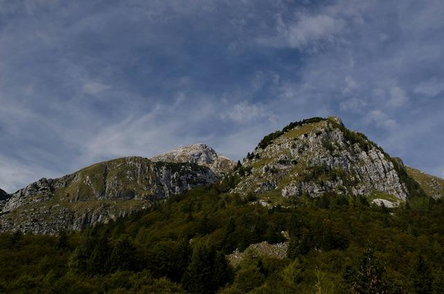 Rombon (2208 m) od trdnjave Kluže