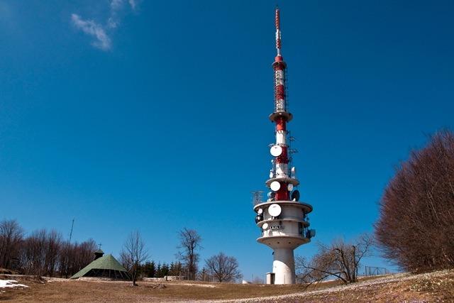Trdinov vrh (1178 m) in nazaj po Trdinovi učni poti