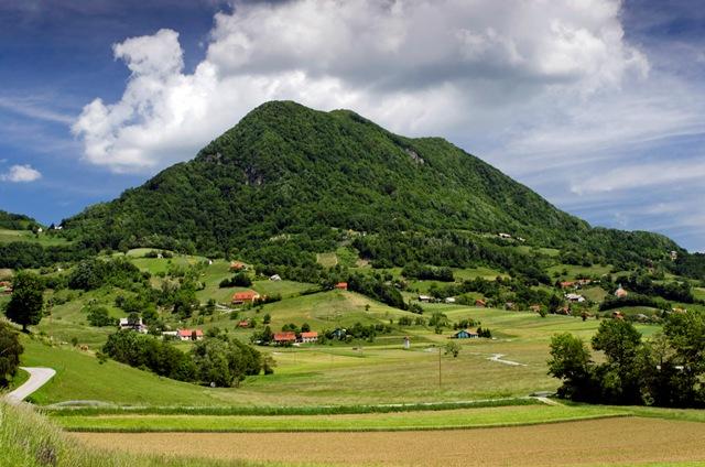 Okoli Donačke gore