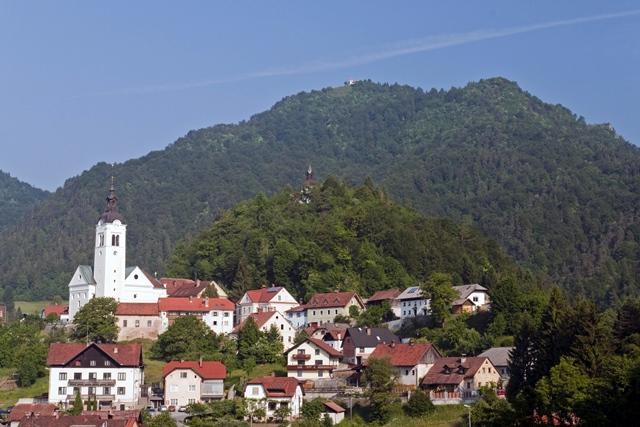Polhograjska gora - Sveti Lovrenc (824 m)