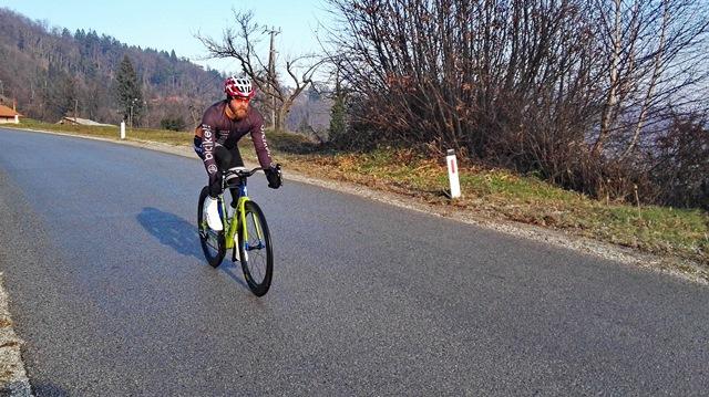 Čez Pečarja: novi Venge na novem asfaltu